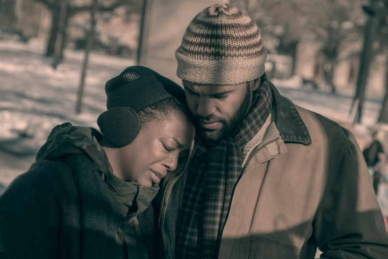 "The Handmaid's Tale --""After"" - Episode 207 -- An incident sends shockwaves through both Gilead and Little America. Serena Joy makes a dangerous choice in order to protect her family. Moira searches for someone from her past.Ê Moira (Samira Wiley) and Luke (O-T Fagbenle), shown. (Photo by: George Kraychyk/Hulu)"