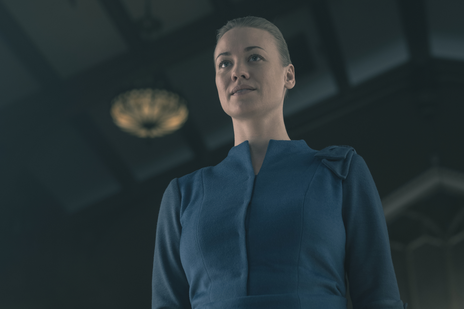"THE HANDMAID'S TALE -- ""The Word"" -- Episode 213 -- Serena and the other Wives strive to make change. Emily learns more about her new Commander. Offred faces a difficult decision. Serena Joy (Yvonne Strahovski), shown. (Photo by: George Kraychyk/Hulu)"