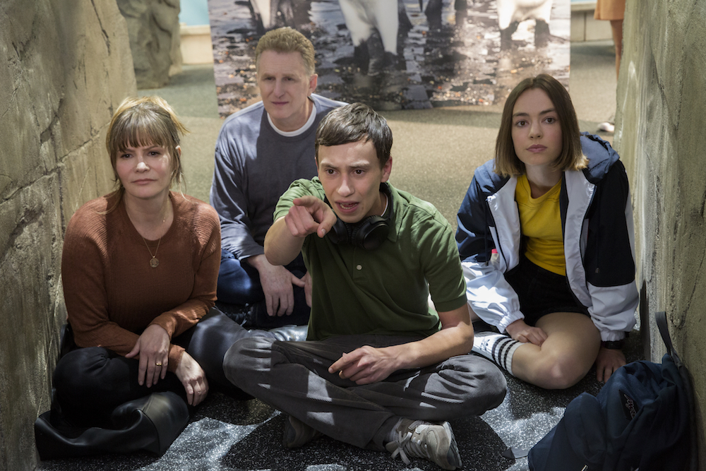 """""""Atypical"""" Season 2 Episode 10 Jennifer Jason Leigh, Michael Rapaport, Keir Gilchrist, Brigette Lundy-Paine"""