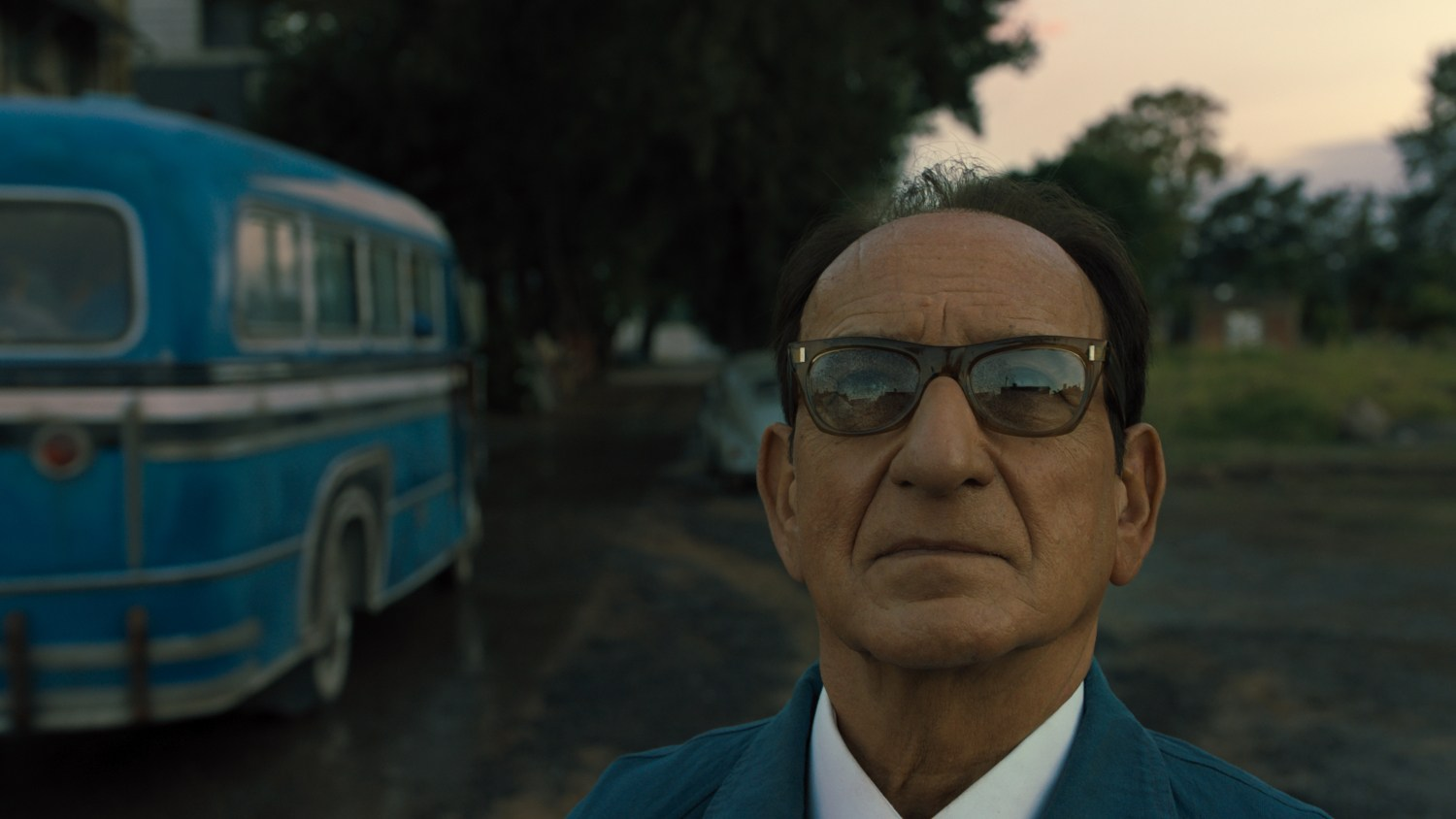 'Operation Finale': How Ben Kingsley Played Nazi Adolf ...