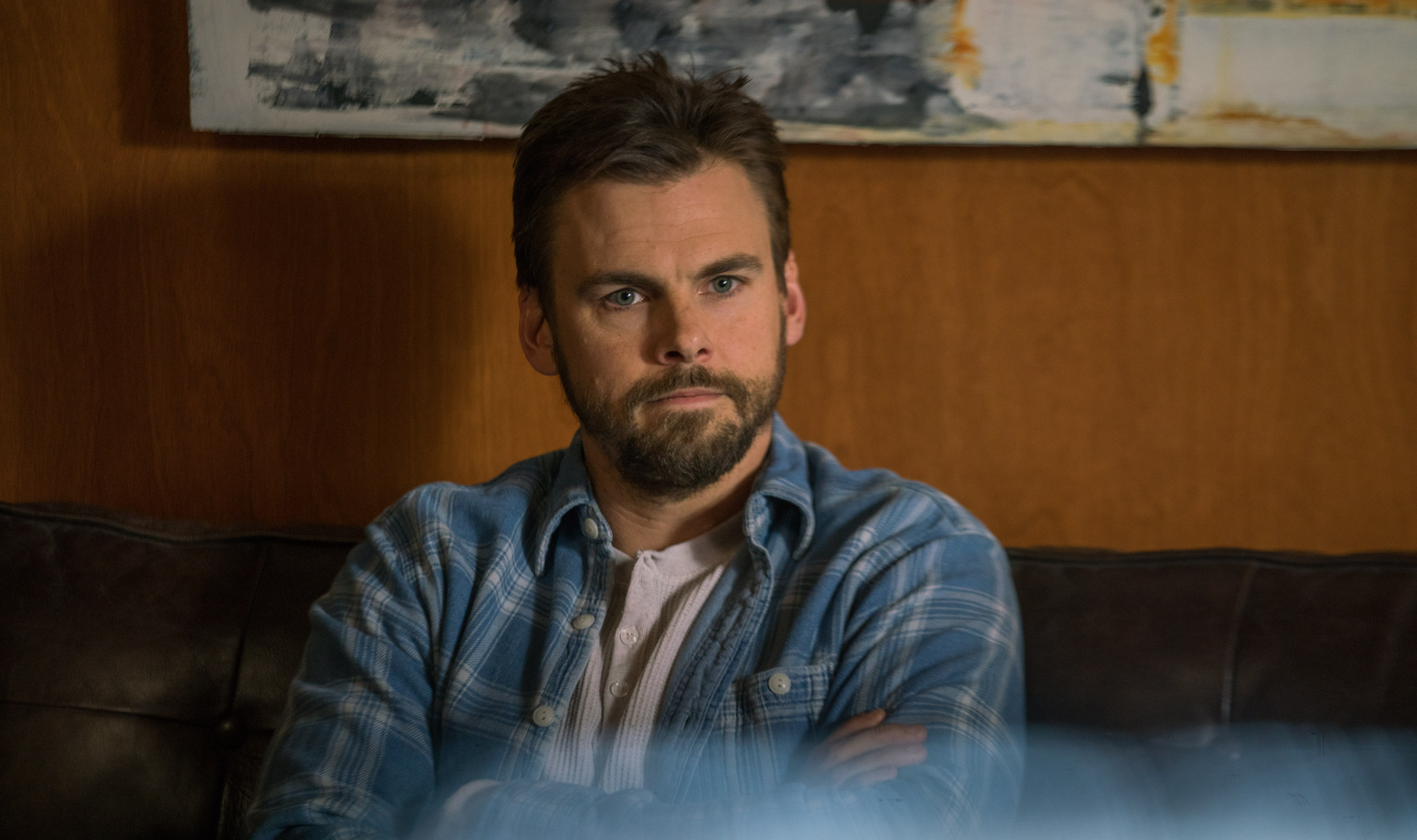 "CASUAL -- ""Death and Texas"" Episode 211 -- Valerie is forced to spend time with Drew and their accountant. Alex seeks help from a therapist. Laura assists Spencer with some difficult decisions. Alex (Tommy Dewey), shown.(Photo by: Greg Lewis/Hulu)"