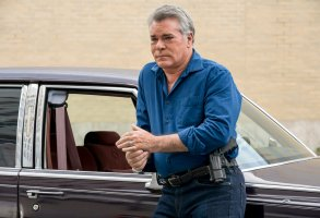 "SHADES OF BLUE -- ""By Virtue Fall"" Episode 310 -- Pictured: Ray Liotta as Lt. Matt Wozniak -- (Photo by Virginia Sherwood/NBC)"
