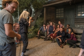 """THIS IS US -- """"Gallery Shoot Behind the Scenes"""" -- Pictured: -- (Photo by: Ron Batzdorff/NBC)"""