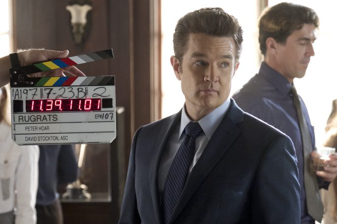 """MARVEL'S RUNAWAYS -- """"Refraction"""" - Episode 107 - At AtlasÕ Open House, our parents and kids are thrown together following the revelations of the gala. But for one family, the school event is only the beginning of the drama. Behind the scenes with Victor Stein (James Marsters), shown. (Photo by: Patrick Wymore/Hulu)"""