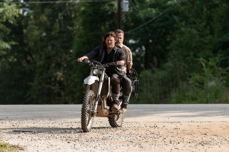 Andrew Lincoln as Rick Grimes, Norman Reedus as Daryl Dixon; group - The Walking Dead _ Season 9, Episode 4 - Photo Credit: Gene Page/AMC