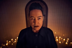 AMERICAN HORROR STORY: APOCALYPSE -- Pictured: Kathy Bates as Ms. Miriam Mead. CR: Kurt Iswarienko/FX