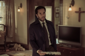 "Castle Rock -- ""Filter"" - Episode 106 - Henry's son visits from Boston; a funeral stirs up unsettling memories. Shown:  Henry Deaver (Andre Holland) (Photo by: Patrick Harbron/Hulu)"