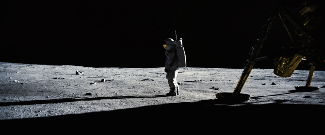Shooting on Film Made First Man,