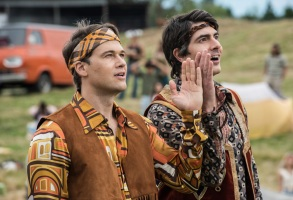 """DC's Legends of Tomorrow -- """"The Virgin Gary"""" -- Image Number: LGN401b_0441.jpg -- Pictured (L-R): Nick Zano as Nate Heywood/Steel and Brandon Routh as Ray Palmer/Atom -- Photo: Dean Buscher/The CW -- © 2018 The CW Network, LLC. All Rights Reserved."""