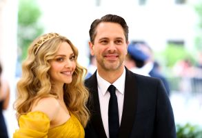 Amanda Seyfried, Thomas SadoskiThe Metropolitan Museum of Art's Costume Institute Benefit celebrating the opening of Heavenly Bodies: Fashion and the Catholic Imagination, Arrivals, New York, USA - 07 May 2018
