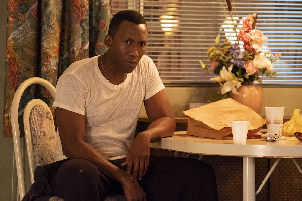 Room 104 Season 2 Mahershala Ali table