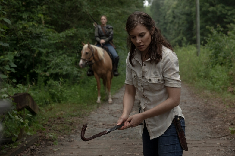 Lauren Cohan as Maggie Rhee, Kerry Cahill as Dianne - The Walking Dead _ Season 9, Episode 5 - Photo Credit: Jackson Lee Davis/AMC