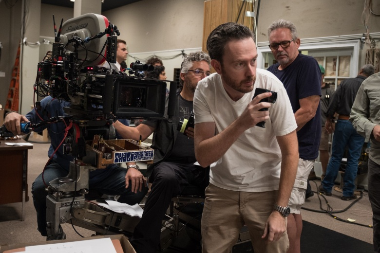 DP Eric Steelberg on the set of Columbia Pictures THE FRONT RUNNER.