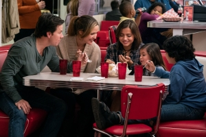 'Instant Family': Why a Director of Raunchy Comedies Created a Heartwarming Family Film