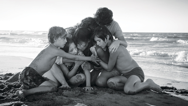 (L to R) Marco Graf as Pepe, Daniela Demesa as Sofi, Yalitza Aparicio as Cleo, Marina De Tavira as Sofia, Diego Cortina Autrey as Toño, Carlos Peralta Jacobson as Paco in Roma, written and directed by Alfonso Cuarón. Photo by Carlos Somonte
