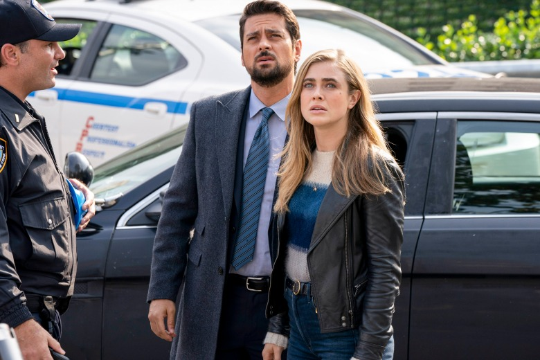 "MANIFEST -- ""Point Of No Return"" Episode 108 -- Pictured: (l-r) J.R. Ramirez as Det. Jared Vasquez, Melissa Roxburgh as Michaela Stone -- (Photo by: Virginia Sherwood/NBC/Warner Brothers)"