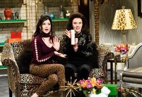 """SATURDAY NIGHT LIVE -- """"Claire Foy"""" Episode 1753 -- Pictured: (l-r) Host Claire Foy as Sandy Denetista and Kate McKinnon as Gina Barbarosa during the """"Good Morning Goomah"""" sketch in Studio 8H on Saturday, December 1, 2018 -- (Photo by: Will Heath/NBC)"""