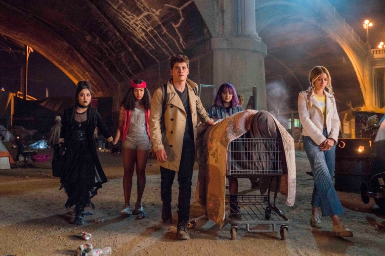 """Runaways -- """"Gimmie Shelter"""" -- Episode 201 -- The kids struggle with their new lives as Runaways, but find a hideout. Alex goes to work for Darius while PRIDE plots to kill Jonah. Jonah initiates a plan to build a new box. Nico Minoru (Lyrica Okano), Molly Hernandez (Allegra Acosta), Chase Stein (Greg Sulkin), Gert Yorkes (Ariela Barer), Karolina Dean (Virginia Gardner) shown. (Photo by: Greg Lewis / Hulu)"""