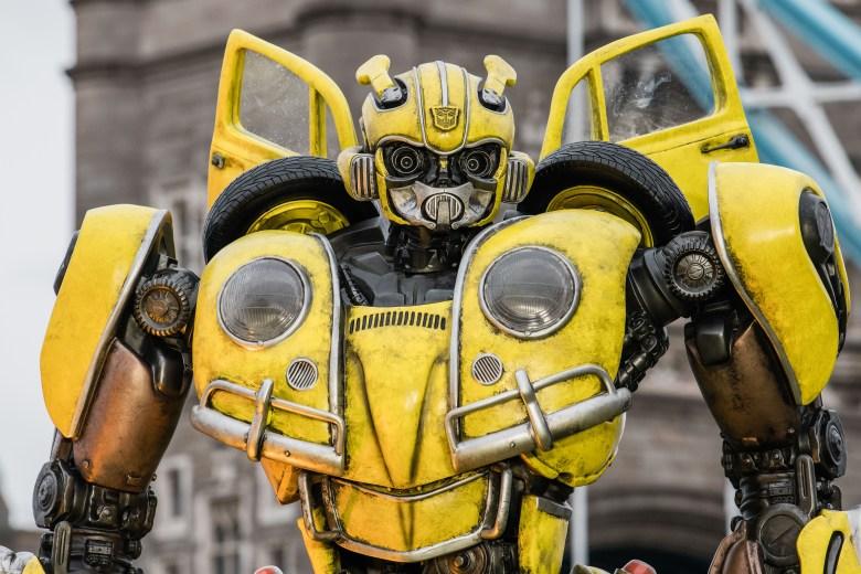 Bumblebee statue'Bumblebee' film photocall, London, UK - 05 Dec 2018