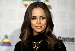 Eliza Dushku Eliza Dushku arrives at Spike TV's Video Game Awards, in Los AngelesVideo Game Awards Arrivals, Los Angeles, USA