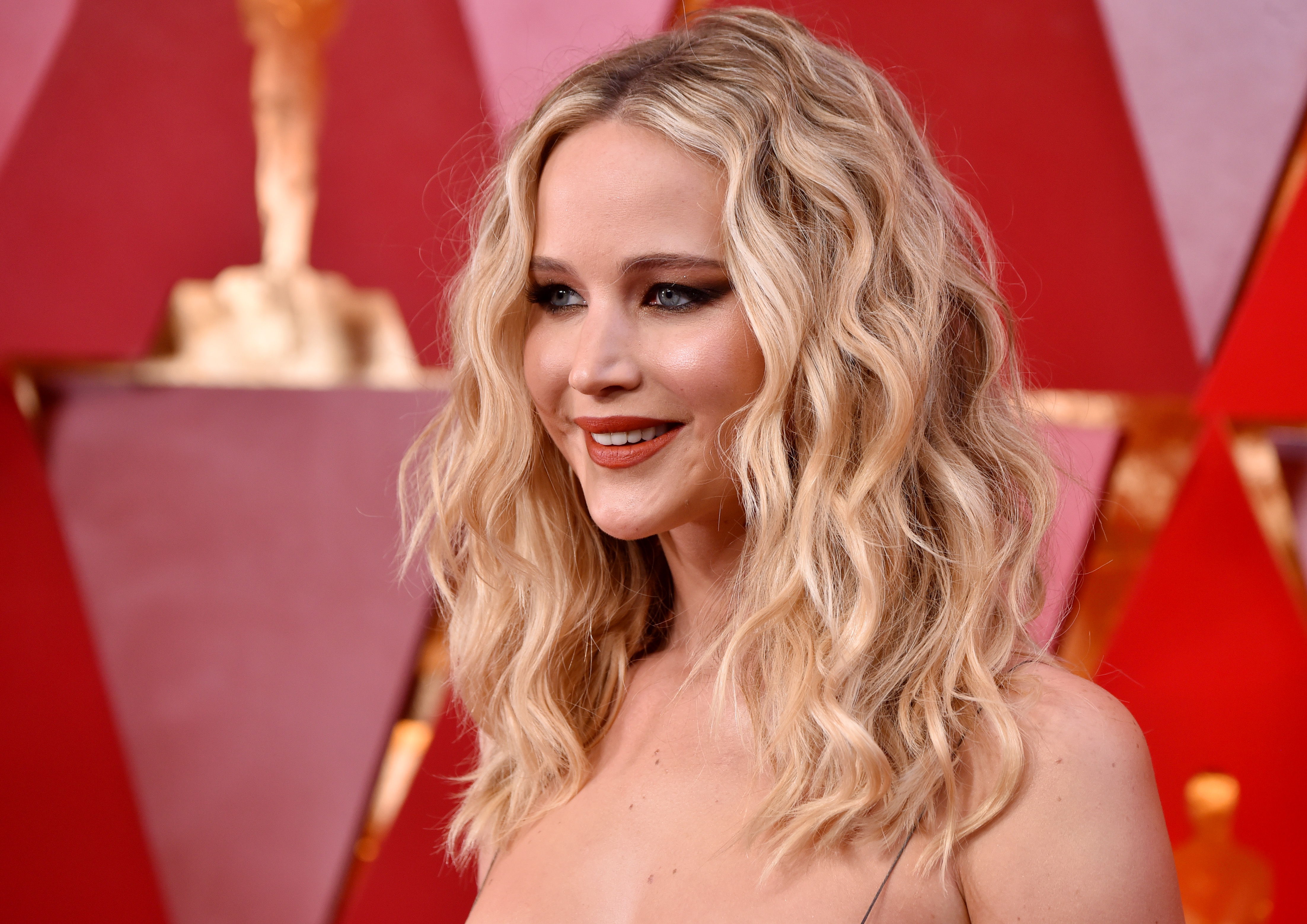 Jennifer Lawrence Returns From Year-Long Acting Hiatus With Secret A24 Movie