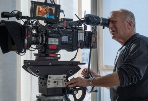 "Robert Elswit shooting ""Velvet Buzzsaw"" on the new Millennium DXL2 8K camera for Netflix"