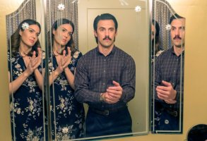 "THIS IS US -- ""Vegas, Baby"" Episode 216 -- Pictured: (l-r) Mandy Moore as Rebecca, Milo Ventimiglia as Jack -- (Photo by: Ron Batzdorff/NBC)"
