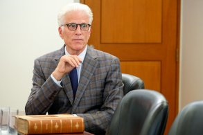 """THE GOOD PLACE -- """"Chidi Sees the Time-Knife"""" Episode 312 -- Pictured: Ted Danson as Michael -- (Photo by: Colleen Hayes/NBC)"""