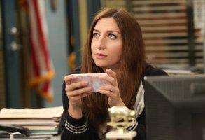 "BROOKLYN NINE-NINE -- ""Honeymoon"" Episode 601 -- Pictured: Chelsea Peretti as Gina Linetti Brooklyn 99"