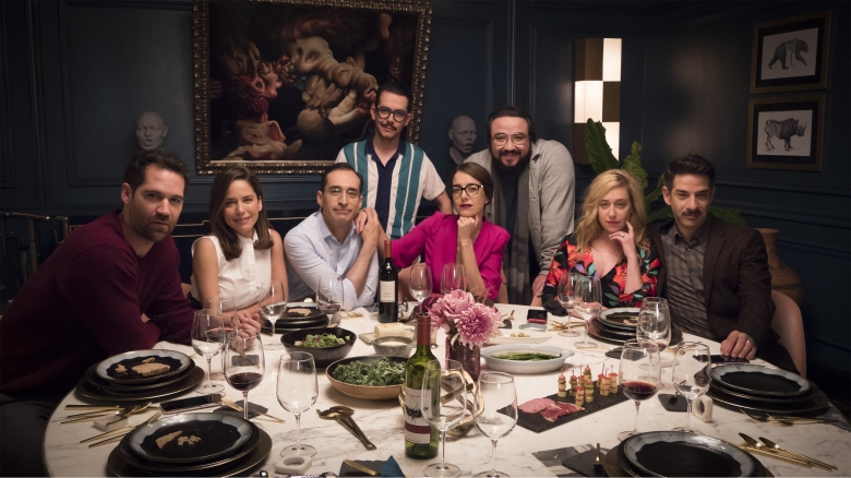 'Perfect Strangers' Review: Mexican Remake of Popular