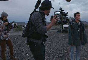 (From L-R): Director/Writer Chloé Zhao, Director of Photography Joshua Richardson and Frances McDormand on the set of NOMADLAND. Photo Courtesy of Fox Searchlight Pictures. © 2019 Twentieth Century Fox Film Corporation All Rights Reserved