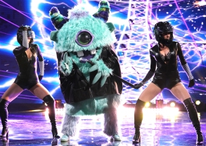 """THE MASKED SINGER: Monster in the """"Touchy Feely Clues"""" episode of THE MASKED SINGER airing Wednesday, Feb. 6 (9:00-10:00 PM ET/PT) on FOX. © 2019 FOX Broadcasting. CR: Michael Becker / FOX."""