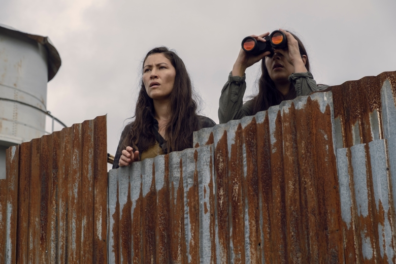 Eleanor Matsuura as Yumiko, Alanna Masterson as Tara Chambler - The Walking Dead _ Season 9, Episode 10
