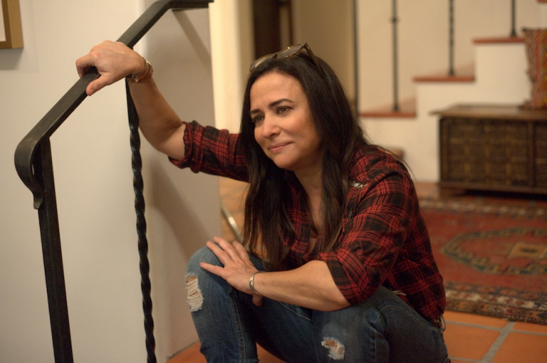 "BETTER THINGS ""Nesting"" Episode 3 (Airs Thursday, March 14 10:00 pm/ep) -- Pictured: Pamela Adlon as Sam Fox. CR: Suzanne Tenner/FX"