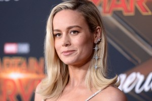 'Captain Marvel': Brie Larson Triggers Fanboys Once Again By Brandishing Thor's Hammer