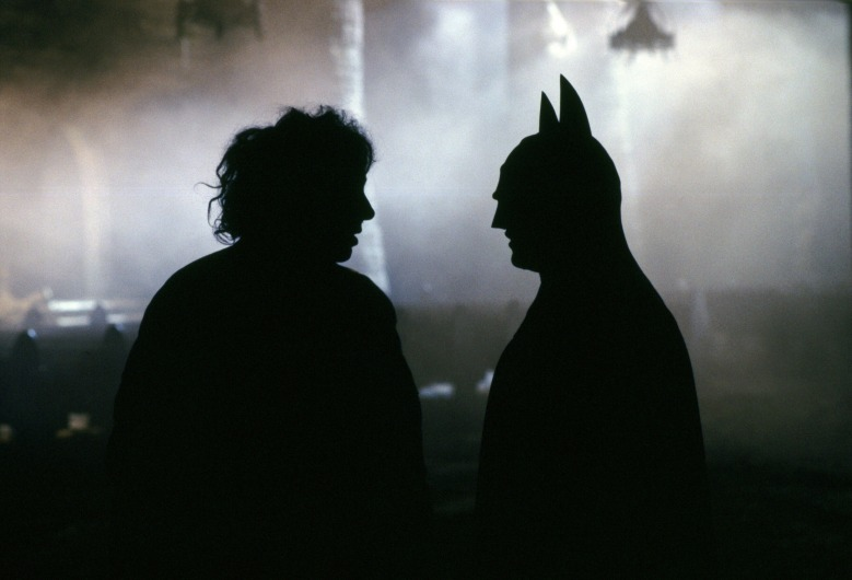 Editorial use only. No book cover usage.Mandatory Credit: Photo by Warner Bros/Dc Comics/Kobal/REX/Shutterstock (5886020bk) Tim Burton, Michael Keaton Batman - 1989 Director: Tim Burton Warner Bros/DC Comics USA On/Off Set Action/Adventure