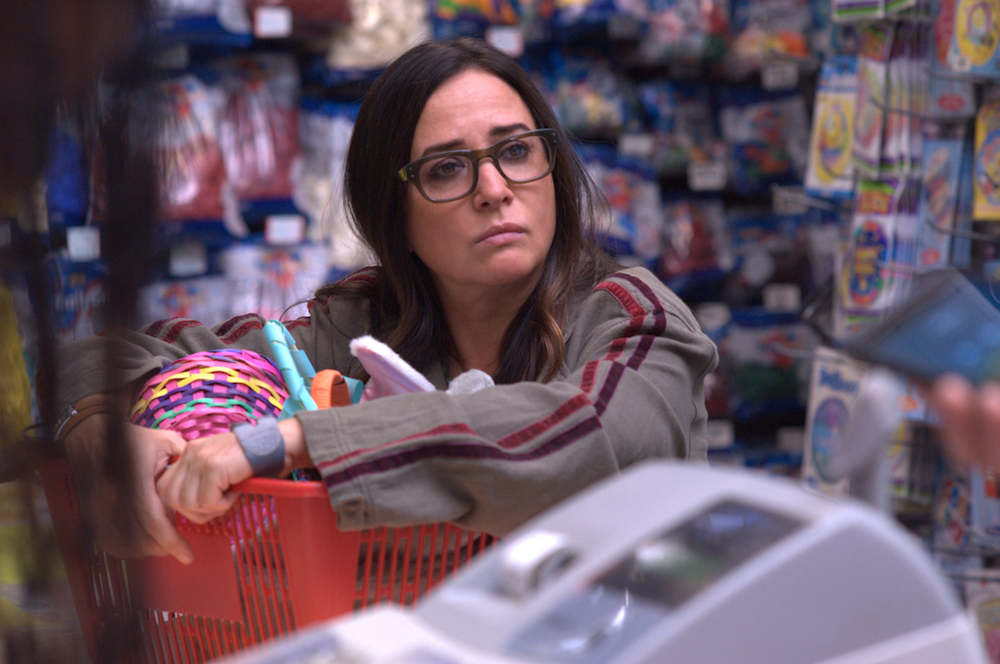 "BETTER THINGS ""Easter"" Episode 8 (Airs Thursday, April 18 10:00 pm/ep) -- Pictured: Pamela Adlon as Sam Fox. CR: Suzanne Tenner/FX"
