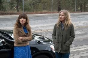 Dead To Me Netflix Linda Cardellini and Christina Applegate