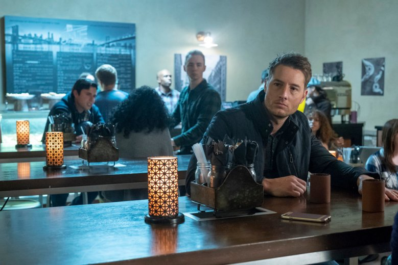 "THIS IS US -- ""Don't Take My Sunshine Away"" Episode 316 -- Pictured: Justin Hartley as Kevin Pearson -- (Photo by: Ron Batzdorff/NBC)"