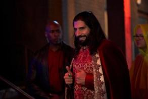 """WHAT WE DO IN THE SHADOWS -- """"Manhattan Night 1 Club"""" -- Season 1, Episode 4 (Airs April 17, 10:00 pm e/p) Pictured: Kayvan Novak as Nandor. CR: Russ Martin/FX"""