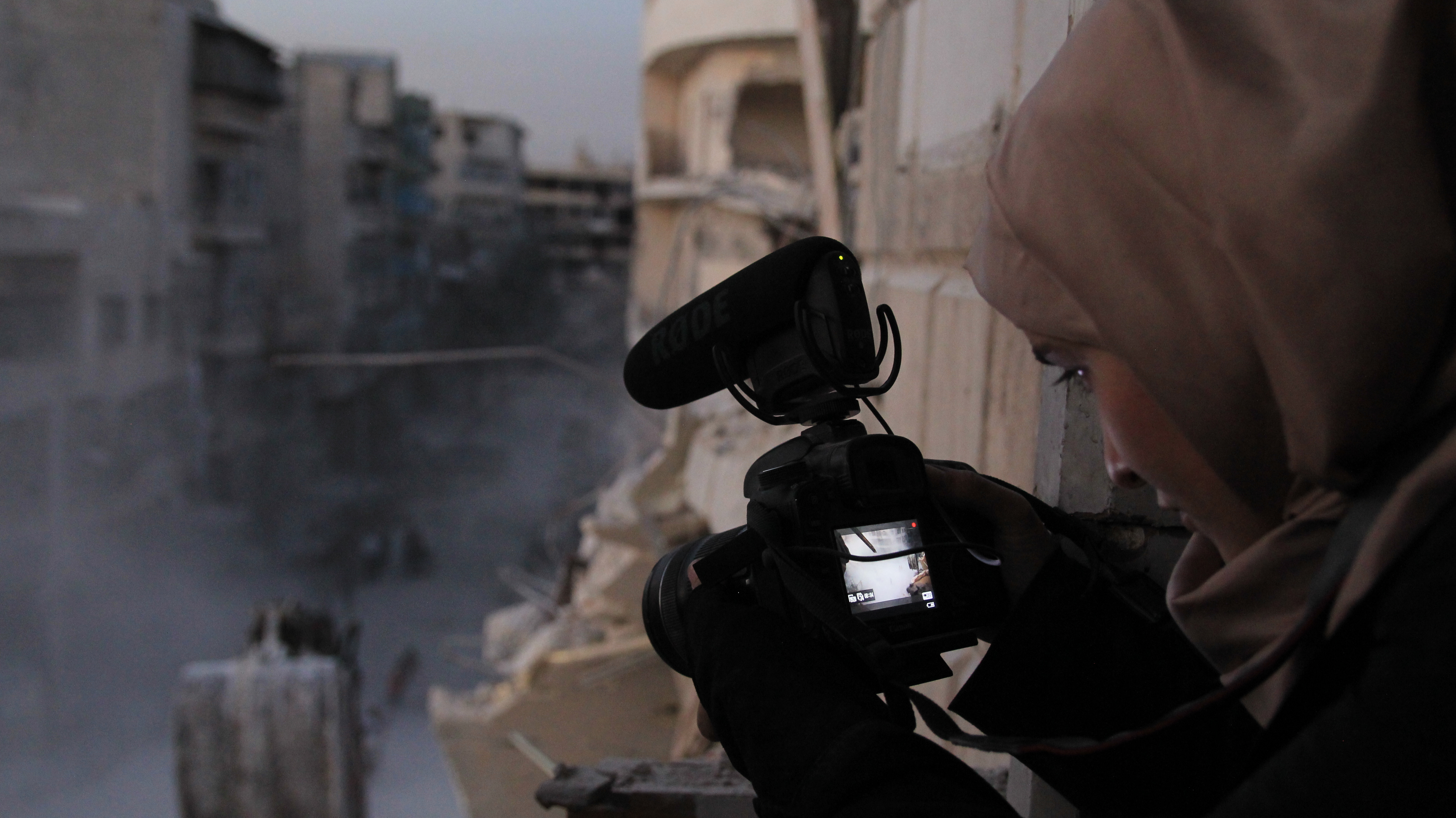 'For Sama' Review: A Heart-Wrenching and Essential Documentary About a Young Mother in Aleppo