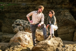 Blood and Treasure Matt Barr as Danny McNamara and Sofia Pernas as Lexi Vaziri