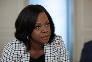"""HOW TO GET AWAY WITH MURDER - """"Be the Martyr"""" - Nate is on a mission to prove he was right about the culprit in his father's murder, while Bonnie begins to doubt herself; and Annalise turns the tables in the courtroom, on """"How To Get Away with Murder,"""" airing THURSDAY, JAN. 31 (10:00-11:00 p.m. EST), on The ABC Television Network. (ABC/Gilles Mingasson)VIOLA DAVIS"""