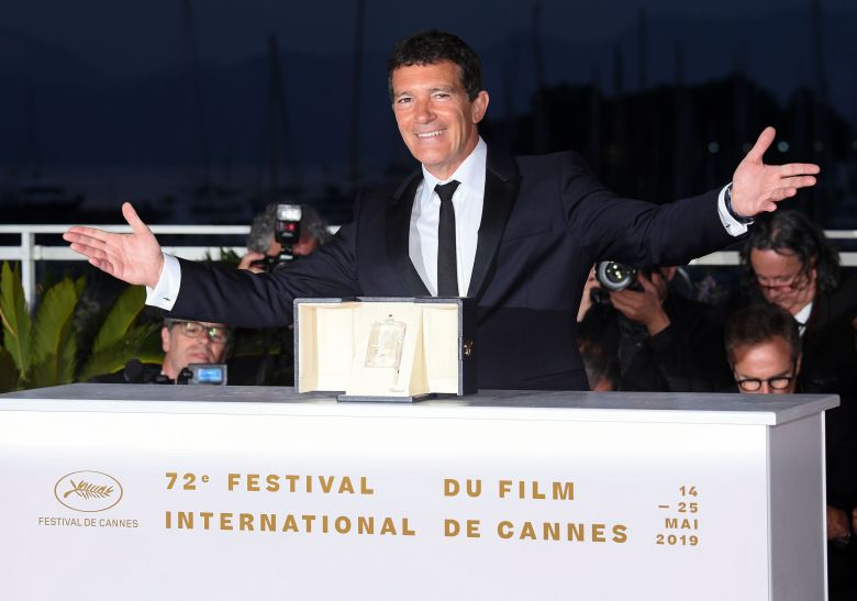 Best Backup Service 2020 Cannes Best Actor Win Boosts Antonio Banderas Into Oscar Race