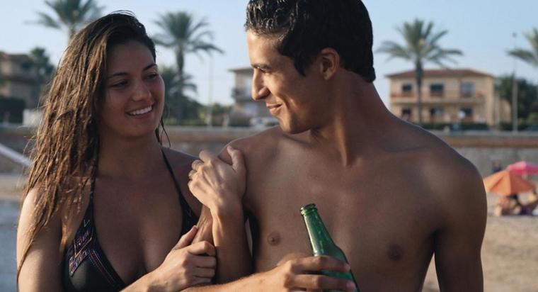 Big butt striptease porn vids