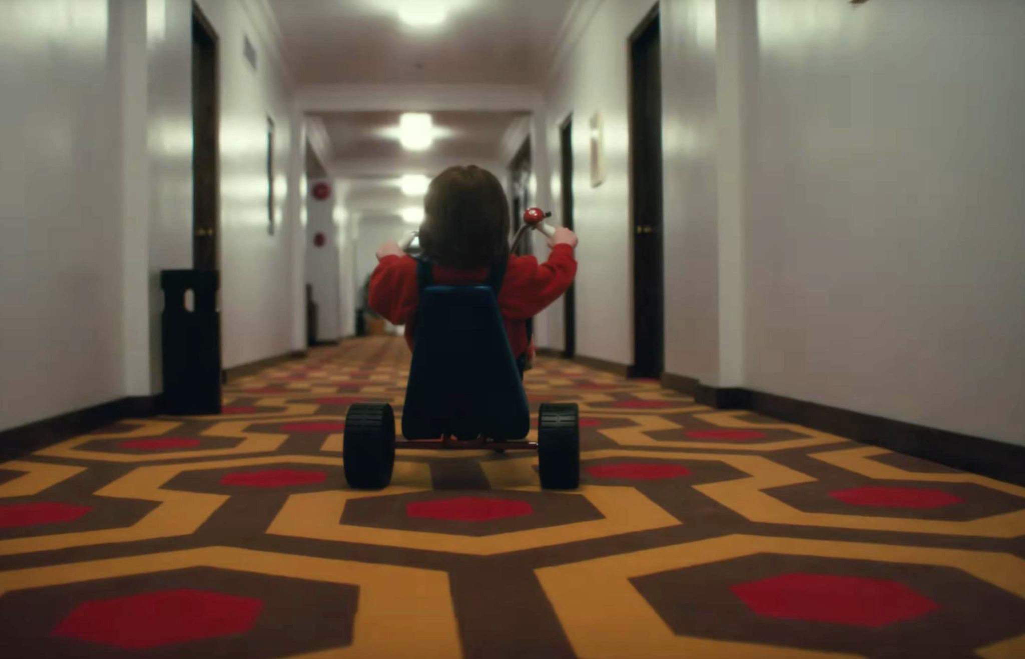 'Doctor Sleep' Director on Recreating Kubrick's Iconic 'Shining' Scenes and Banning Jump Scares
