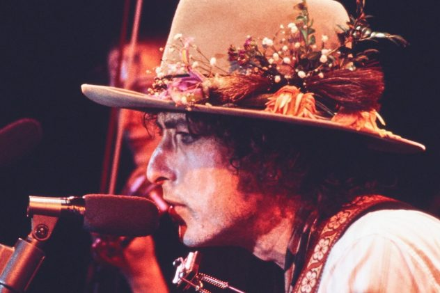 8 Things to Watch This Weekend: From 'Paris Is Burning' to Netflix's 'Rolling Thunder Revue'