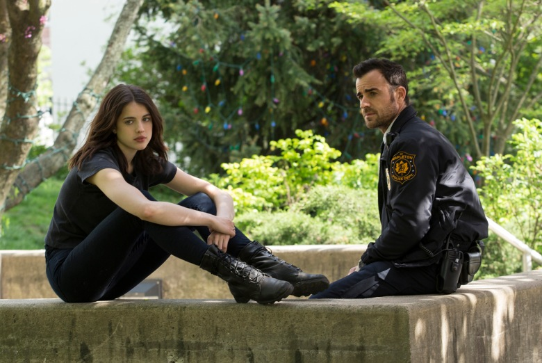 Margaret Qualley and Justin Theroux,