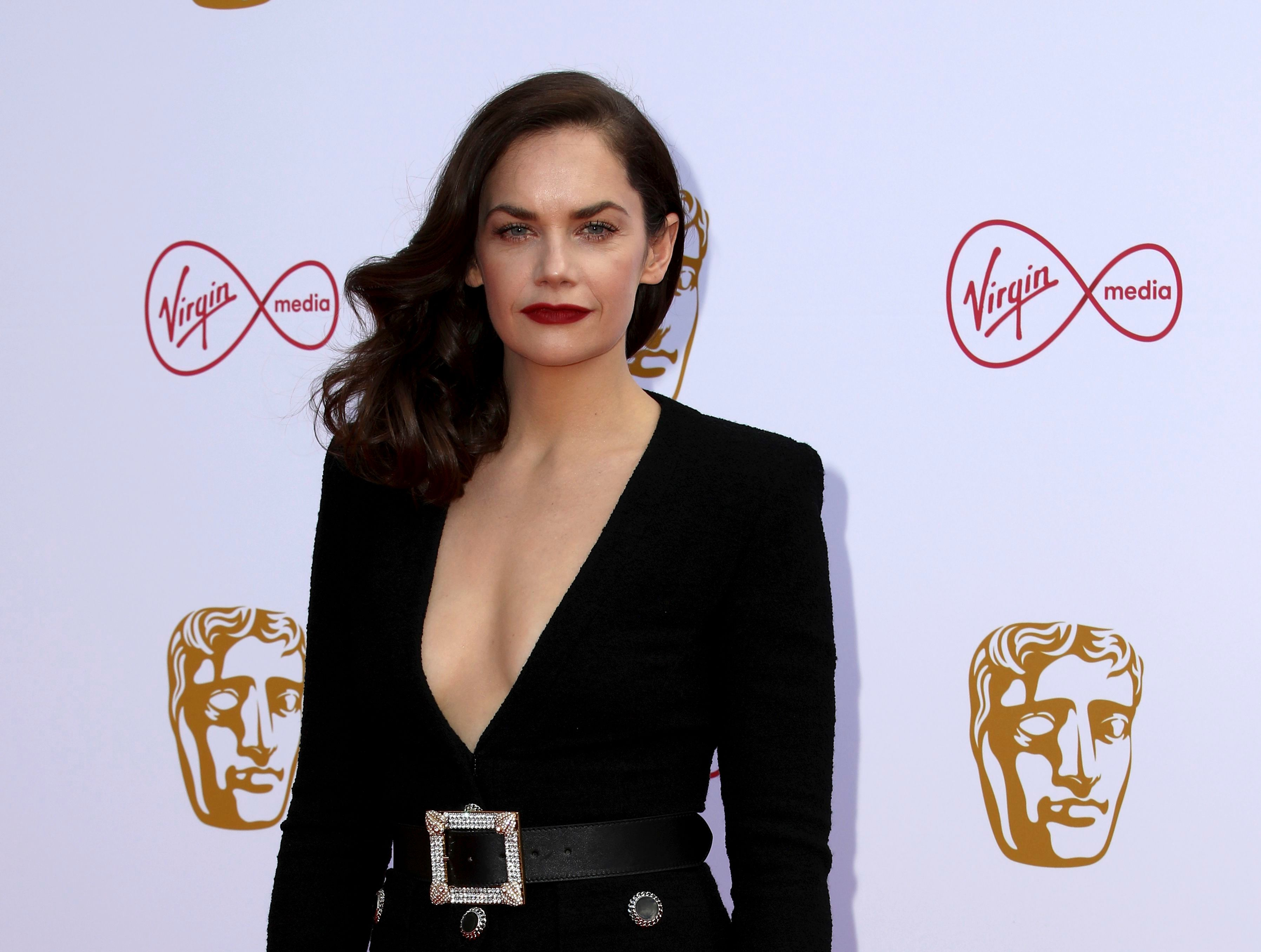 Ruth Wilson Chases Tonys and Emmys with 'King Lear' and 'Mrs