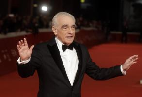 Martin Scorsese poses on the red carpet